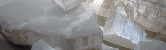 Metaphysical Properties of Selenite